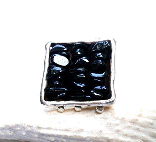 Tetragon Black Onyx Chips Ring Konstantis Jewelry http://www.amazon.com/dp/B00QX6HXH8/ref=cm_sw_r_pi_dp_uKDKub1XEMP46