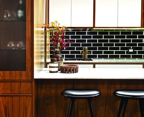 glazed brick splashback