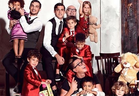 @stefanogabbana #dgfamily ❤️❤️❤️❤️🌎🌍🌏