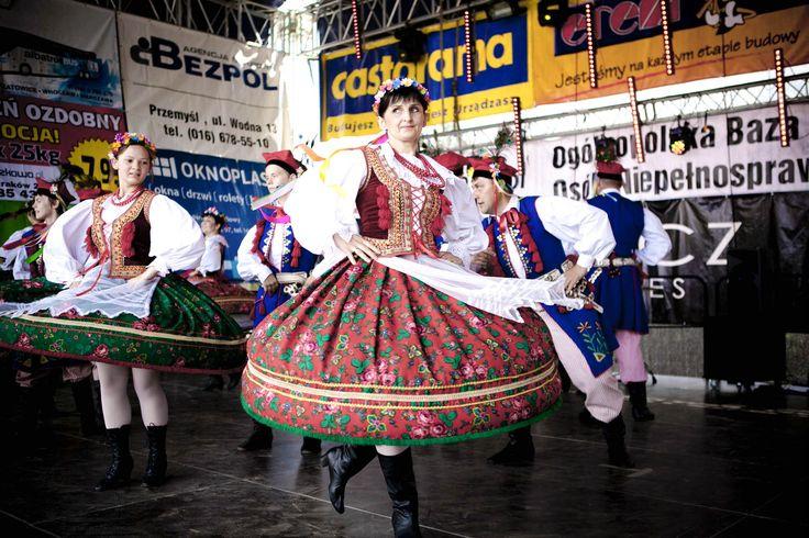 Występ Zespołu Pieśni i Tańca z Przemyśla.   #folklor #polish #poland