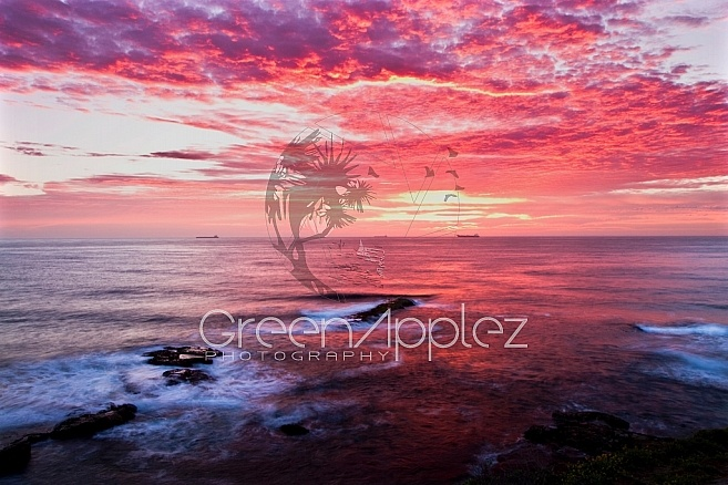 Tankers on the Horizon - Sunrise from Flagstaff Hill Wollongong NSW - F110 – GreenApplez Photography