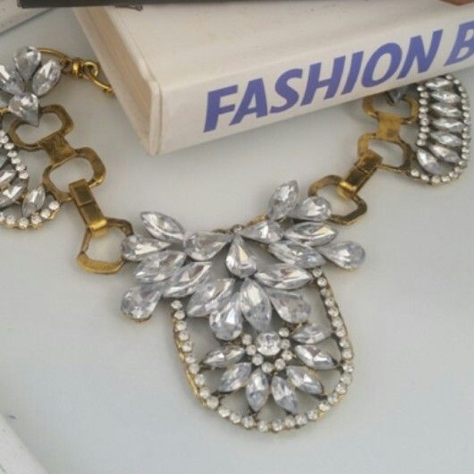 Bella Bold - R170. Statement Necklace Trend ♡ Email zulululuza@gmail.com for the latest catalogue.