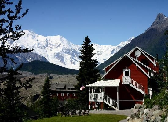 Kennicott Glacier Hotel