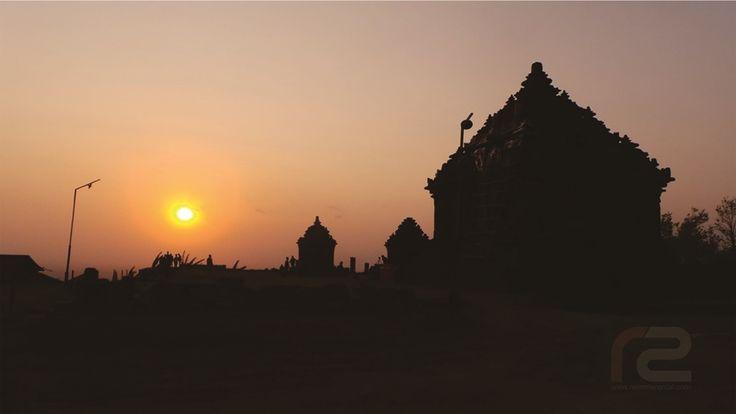 Sunset di Candi ijo dengan Kelembutan Sang Suryanya di kala senja memancarkan romansa keagungan yang begitu indah nan dalam