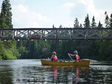 Canot - Camping - Activités nautiques - Activités - Canot-camping dans le Parc des Appalaches
