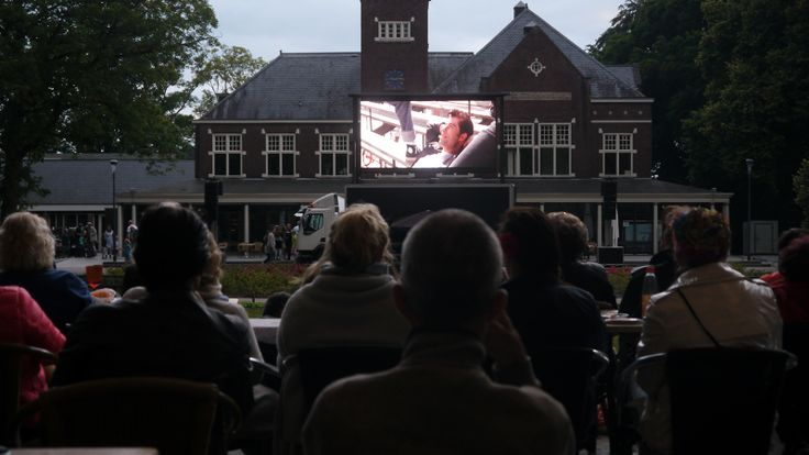 Openlucht Bioscoop - Mobiel Outdoor LED Scherm  http://www.grootbeeldscherm.nl/led-scherm-huren/