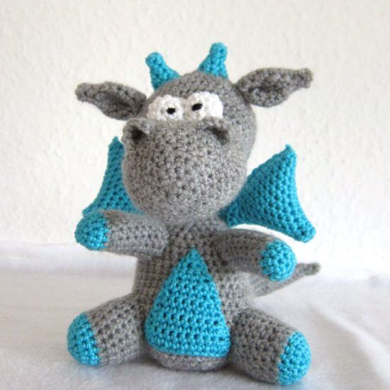 Free Knitting Pattern Dragon Toy : 25+ best ideas about Crochet Dragon Pattern on Pinterest Crochet dragon, Cr...