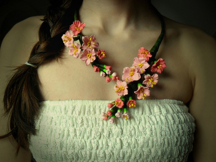 Cherry blossom (90 LEI la LoveMade.breslo.ro)