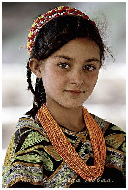 Kalash girl in Rambur   Flickr - Photo Sharing!