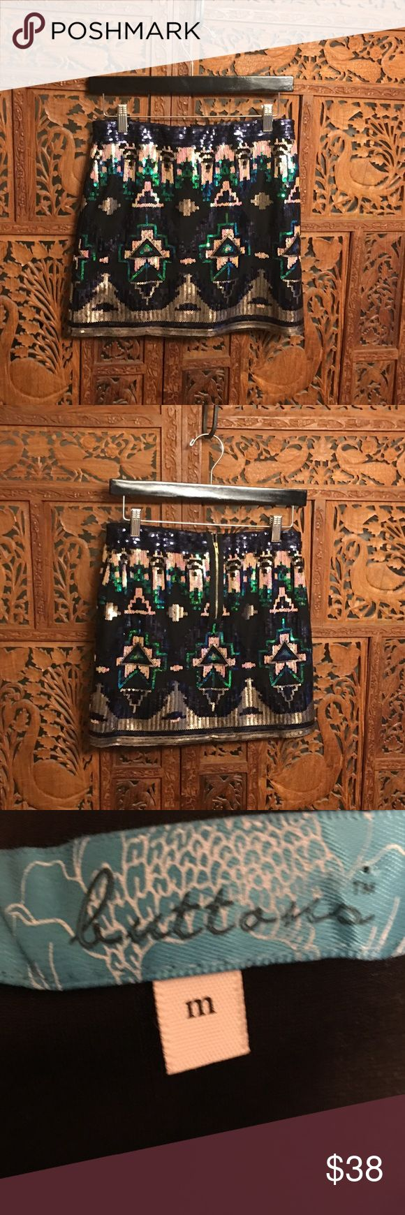 Aztec print Skirt Sequin skirt in excellent condition! Has a little stretch...Great for any party! Perfect for the holidays. Skirts Mini