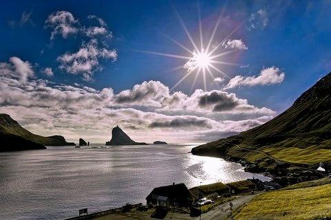 Las #Islas #Feroe están situadas entre Reino Unido e Islandia. Un paraje natural fabuloso para los amantes del senderismo,  la pesca y la naturaleza. ¡Aquí reside algunas familias que ya ha hecho 3 intercambios!