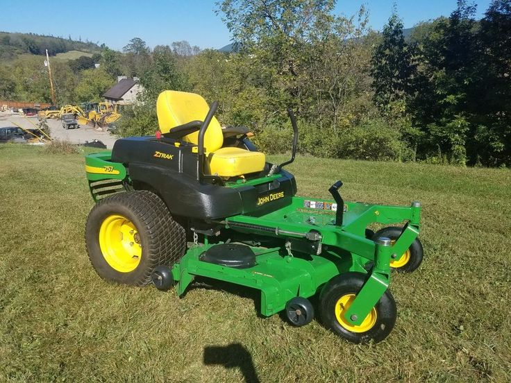 1eec655b6fdb701bbabd7cebff4c5a08 best 25 john deere lawn mower ideas on pinterest used john  at readyjetset.co