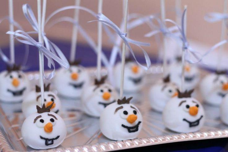 Des popcakes d'Olaf pour un anniversaire Reine des Neiges