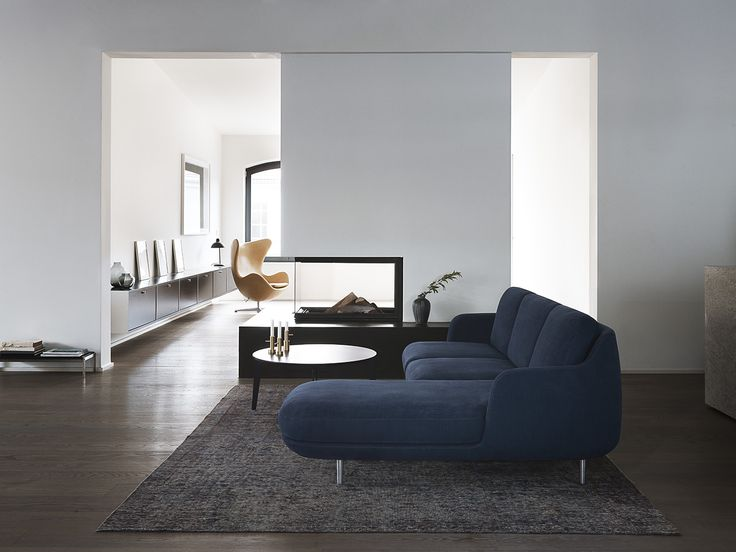 Lune™ in the colour Indigo as 3-seater with chaise-longue