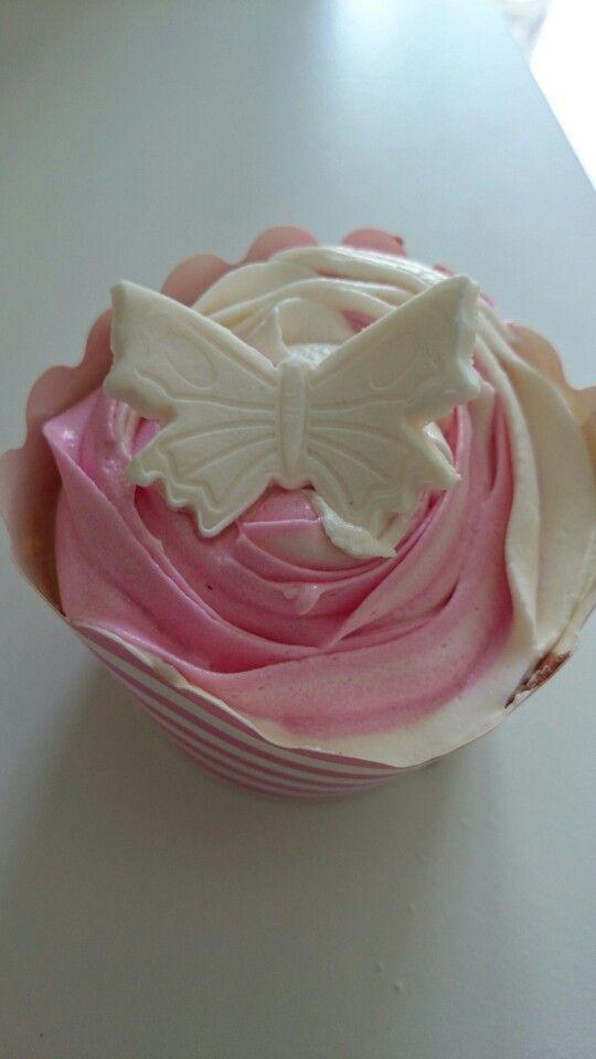 Strawberry vanilla swirl butterfly birthday cupcakes