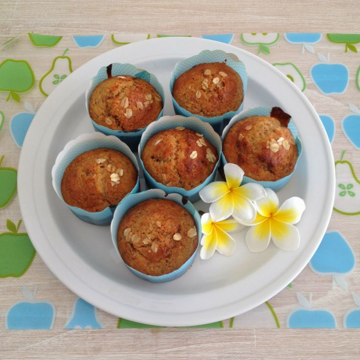 Living on a Latte: School Lunch Box Baking - Stocking the Freezer