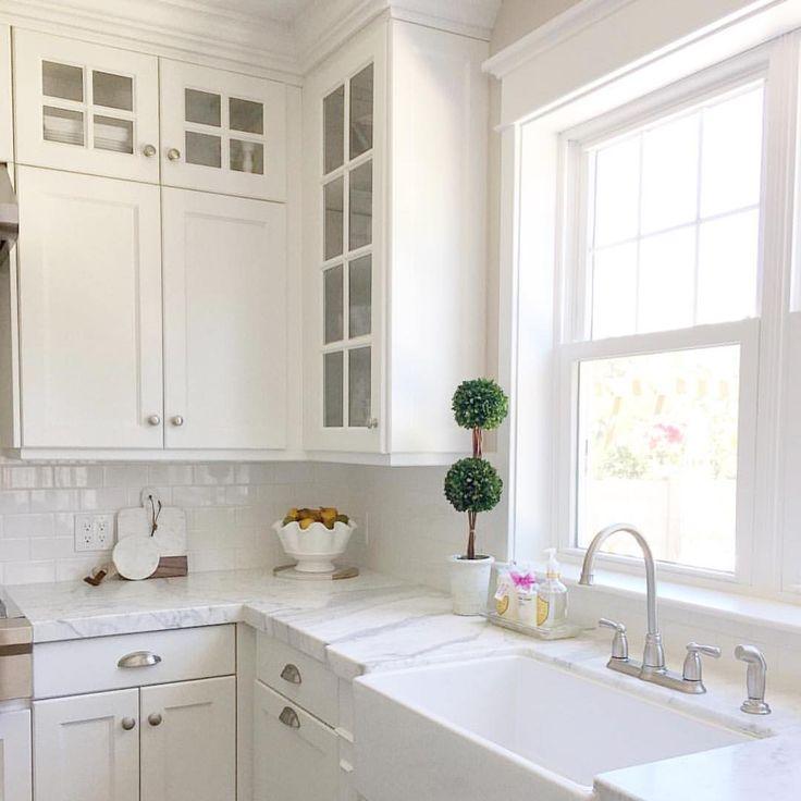 никогда боялась дизайн кухни с мойкой под окном фото начинка