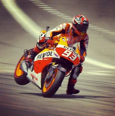 Marquez Rides His GP Bike Like A Bicycle 🚴