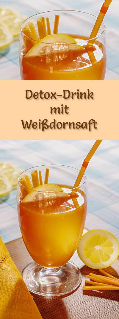 Detox-Säfte: Rezept für einen Detox-Drink mit Weißdornsaft, der gesunde Gemüsesaft ist kalorienarm, entgiftet, entwässert und entschlackt ...