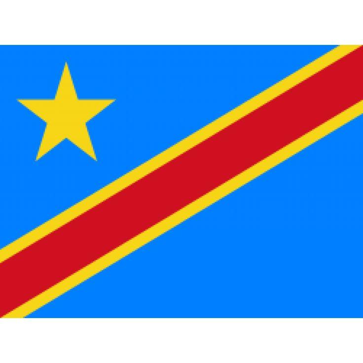 vlag Congo-Kinshasa, Congolese vlaggen 100x150cm De huidige vlag van Congo-Kinshasa werd aangenomen op 18 februari 2006, dezelfde dag dat het huidige Congolese wapen in gebruik werd genomen. De vlag bestaat uit een lichtblauw veld met daarop in de linkerbovenhoek een gele ster. Van de hoek onderaan de hijszijde tot de rechterbovenhoek loopt een diagonale rode band met aan weerszijden een smallere gele band