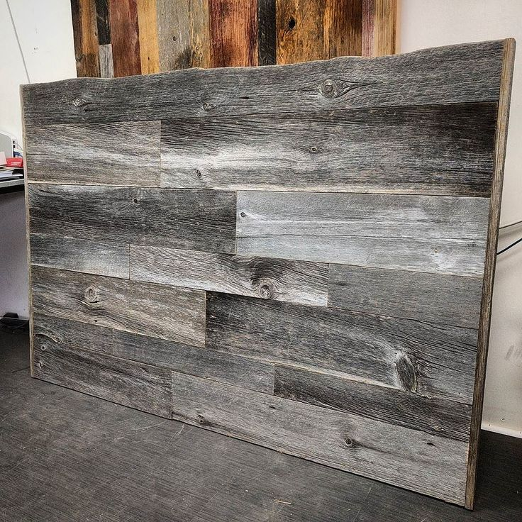 Just completed and available for sale at our Toronto shop - a queen sized reclaimed grey barn board headboard.  This one has nice grey tones with a mix of different sized boards.  It is easy to install on the wall behind the bed.  We also make these custom sizes.  Dm us at sales@barnboardstore.com for pricing.  Tag a friend who needs a cool headboard!  #headboard #rusticheadboard #barnboard #barnwood #barn #reclaimed #modern #reclaimedwood #rustic #rusticwood #igers #toronto #hamilton…