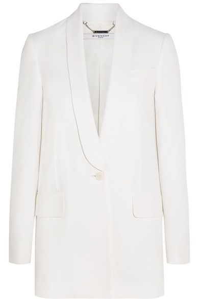 Based on smart tuxedo styles, Givenchy's blazer has been expertly tailored from tactile white crepe. The lightly padded shoulders add structure and definition to the androgynous silhouette, while the single button draws you in subtly at the waist. The double back vents and satin lining ensures it layers smoothly.