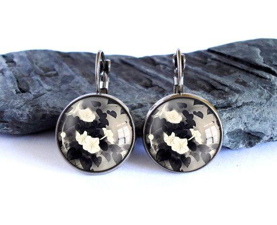 White flowers earrings, black leaves dangle earrings, black white drop earrings…
