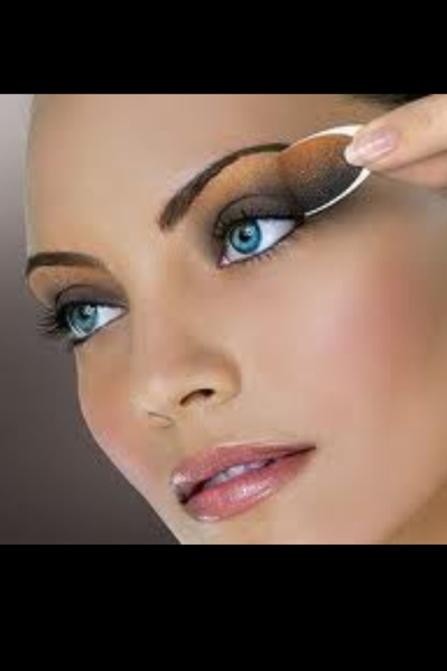 Full Face Makeup.