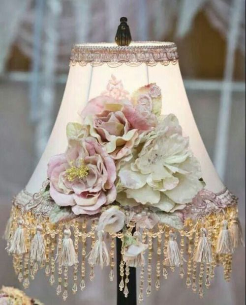 (20) Beautiful Lampshade | Chic & Shabby Cottage ♥ | Pinterest)