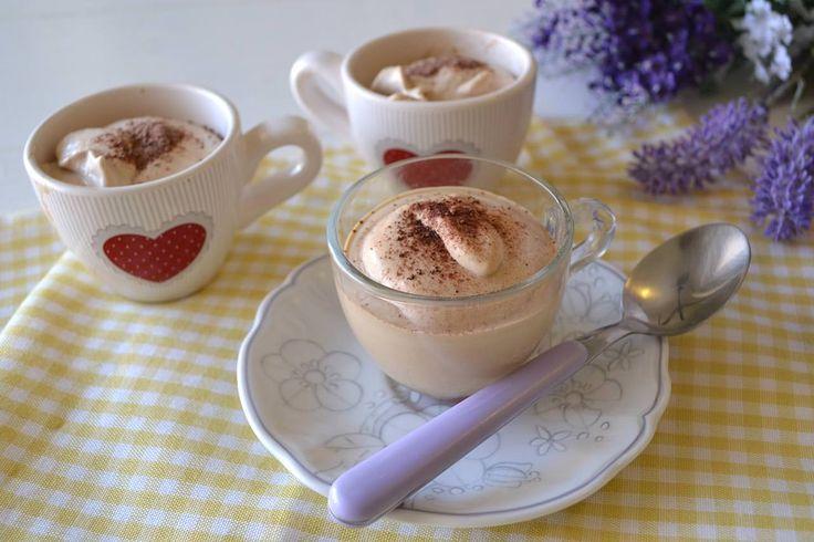 Crema di caffè in bottiglia, scopri la rucetta: http://www.misya.info/ricetta/crema-di-caffe-in-bottiglia.htm