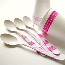 10 Minute Craft - add fabric tape to cutlery & tableware to be party ready in minutes!