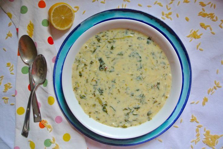 Görög spenótos, citromos, hátmostnagyonmegleptél leves receptje következik