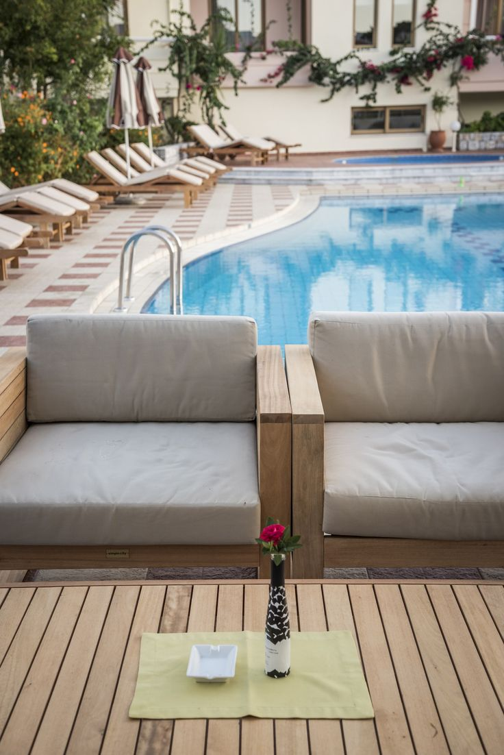 Grab your favourite book and a cold beverage and relax by the pool. What else could you ask for when on holiday at the Oscar Suites & Village? https://www.oscarvillage.com/hotel-pools  #Oscar #OscarHotel #OscarSuites #OscarVillage #OscarSuitesVillage #HotelChania #HotelinChania #HolidaysChania #HolidaysinChania #HolidaysCrete #HolidaysAgiaMarina #HotelAgiaMarina #HotelCrete #Crete #Chania #AgiaMarina #VacationCrete #VacationAgiaMarina #VacationChania