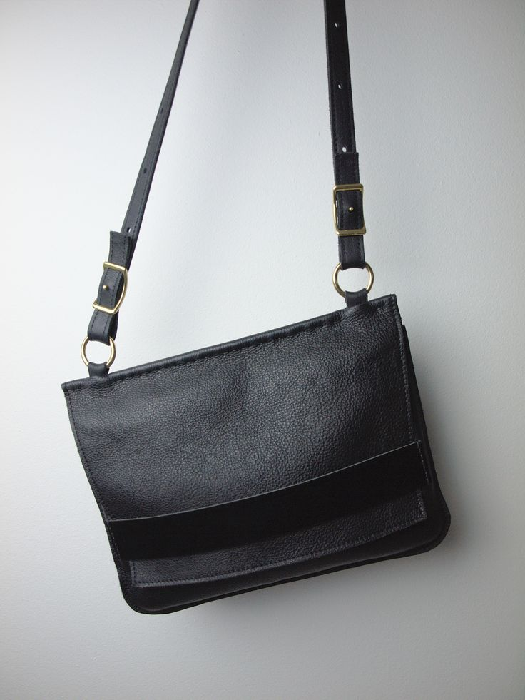 Stora Dora är mångsidig väska som passar vid de flesta tillfällen i livet. | Stora Dora is a versatile bag that is suitable for most times in life.
