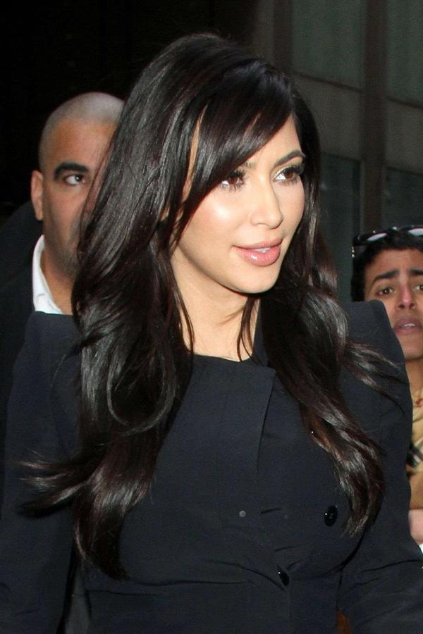 Kim Kardashian's latest hairstyle, we love the side fringe!