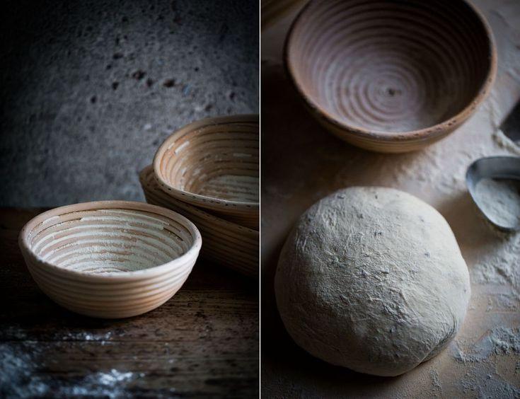 Stenugnsbakat Kumminbröd :: Stone Oven Baked Cumin Bread