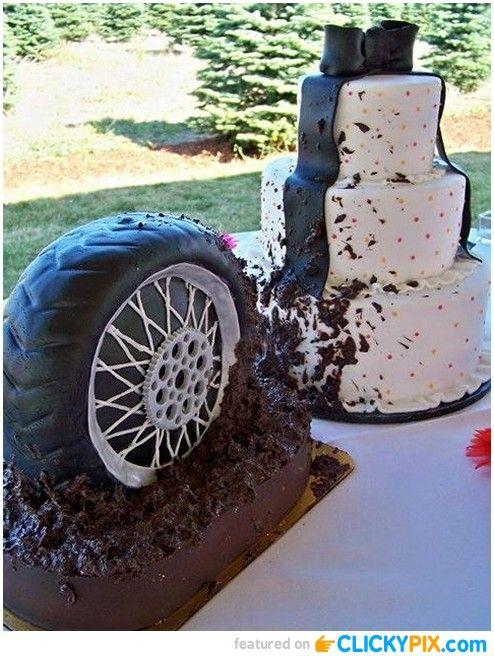 17 Best ideas about Mudding Wedding Cakes on Pinterest Redneck