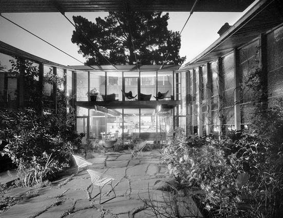 Boyd House by Robin Boyd. South Yarra/ Melbourne, Australia 1959.  Photograph by Mark Strizic.