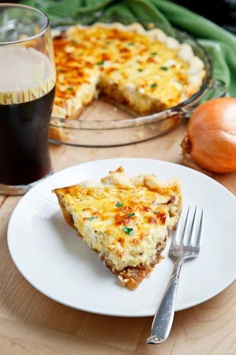 Guinness Braised Onions, a faster way to caramelize onions: Recipes Quiche, Cheddar Quiches, Guinness Braised, Cheese Quiche, Age White, Brai Onions, Braised Onions, White Cheddar, Quiche Recipes