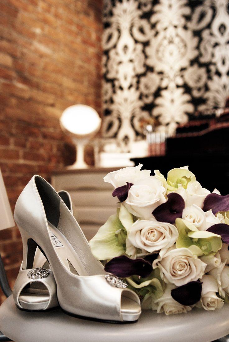 Brides accessories 5ive star salon Davenport Giraffe