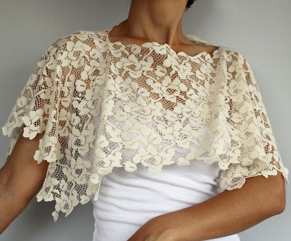 Modern lace bridal bolero, made of oyster ivory smooth elastic lace with a soft touch. My unique design. Rectangular shaped, gives an air romantic and shabby chic. Lightweight, makes you feel very comfortable. Dim. 24.0 x 27.6 (61x70 cm). If requested available also in big size. Produced in pet and smoke-free medium. Ready to ship!  ★ ★ ★ ★ ★ ★ ★ ★ ★ ★ ★ ★ ★ ★ ★ ★ ★ ★ ★ ★ ★ ★ ★ ★ ★ ★ To see my full range of products, please enter my shop here: http://www.etsy.com/shop/MammaMiaBridal ★ ★ ★ ★…