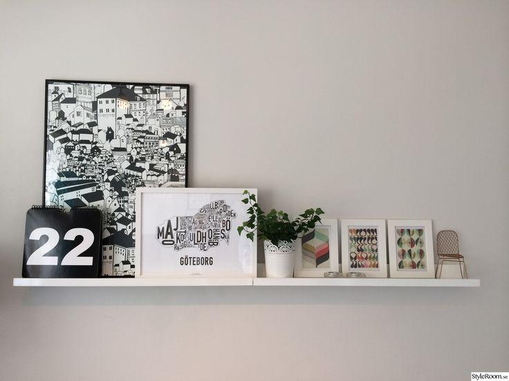 tavellist,koppar,stol,krukväxt,tavlor,murgröna