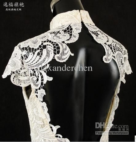 Luxurious high collar lace cheongsam