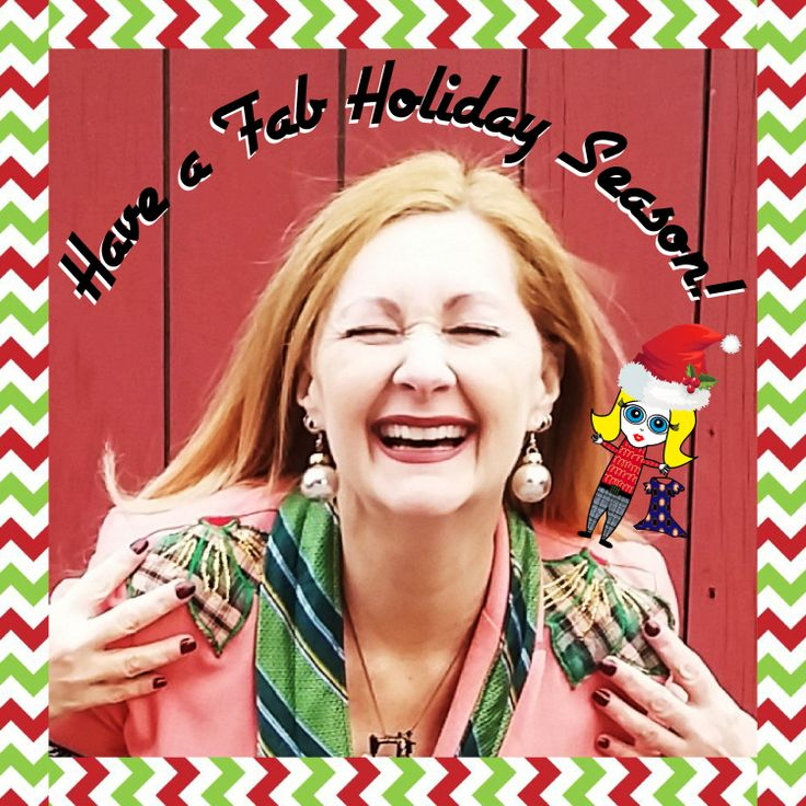 Happy Holidays from Confessions of a Refashionista + last minute DIY earrings - Grab a couple of shiny baubles from the tree, whip up a pair of last minute holiday earrings and have an absolutely awesomesauce time however you celebrate this wintry holiday season!