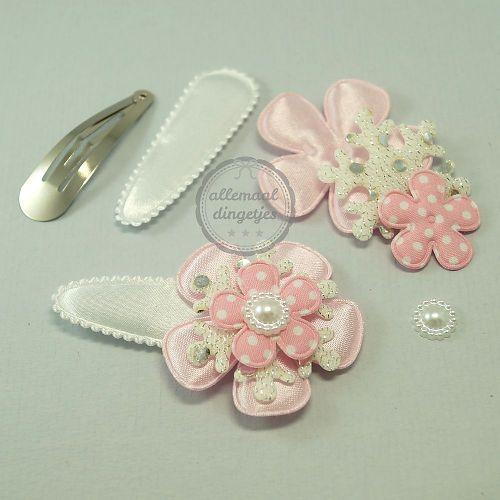 Zelfmaakpakket haarspeldjes (L) wit roze Kerst (1 paar)
