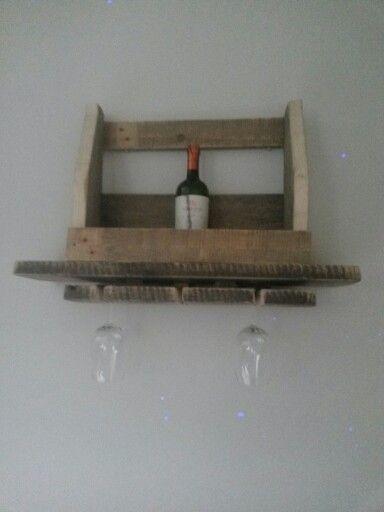 Wijn rek met glazen houder! Home made wine rack