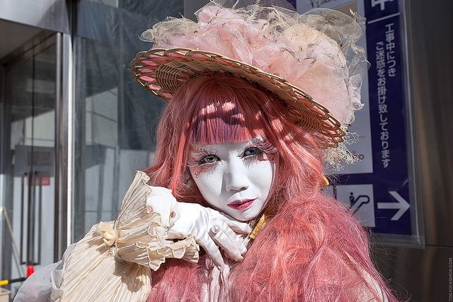 The Japanese shironuri artist Minori photographed in Harajuku, Japan - via Flickr.