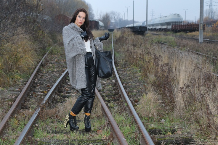 Waiting  for train...:)  juliatomaszewska.com