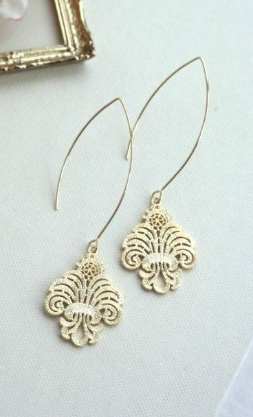 Gold Filigree Moroccan Earrings. Wedding Jewelry