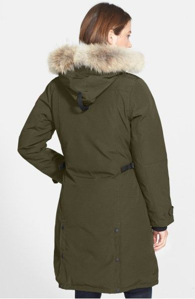 Main Image - Canada Goose Kensington Slim Fit Down Parka with Genuine Coyote Fur Trim